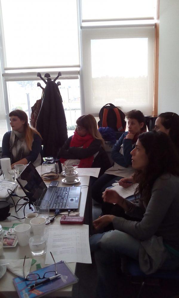 ¡Capacitación compartida entre docentes de la Escuela N° 23 y los Apoyos Escolares Crecer y San Benito!