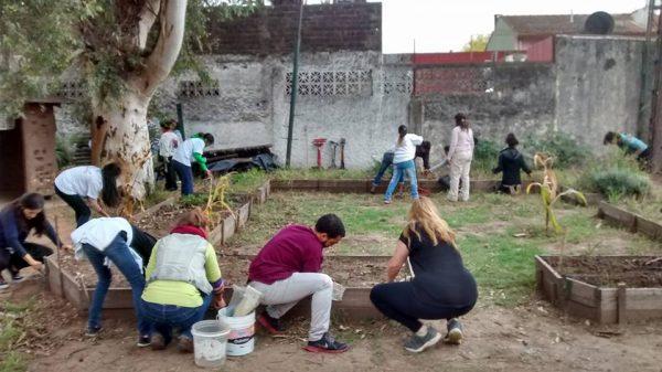 Jornada de voluntariado en CultivArte con el equipo de Partners