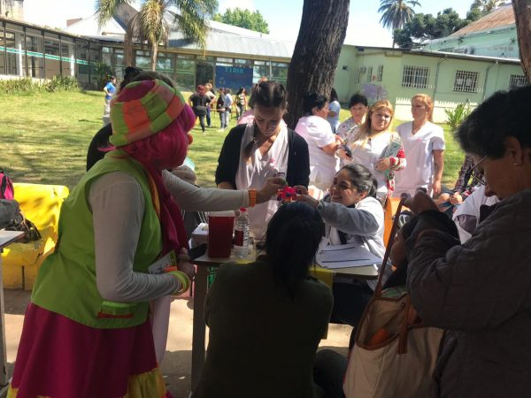 """Festejo del """"Día de la Madre"""" en el Hospital Petrona Cordero"""