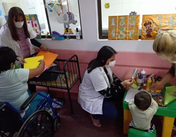 """Apertura de """"JUEGOTECA"""" -Espacio para los niños y niñas del Hospital Petrona V. de Cordero"""